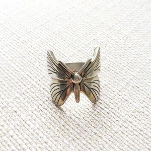 Butterfly ring sz 7